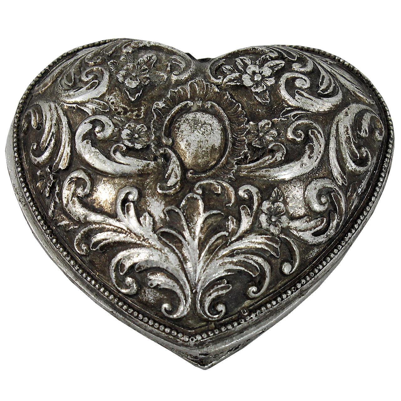 Cutie De Bijuterii Inima Din Metal Argintiu