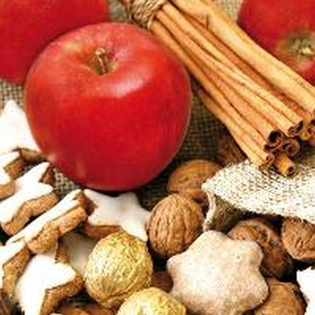 Servetele Decorative Din Hartie Cu Fructe De Iarna