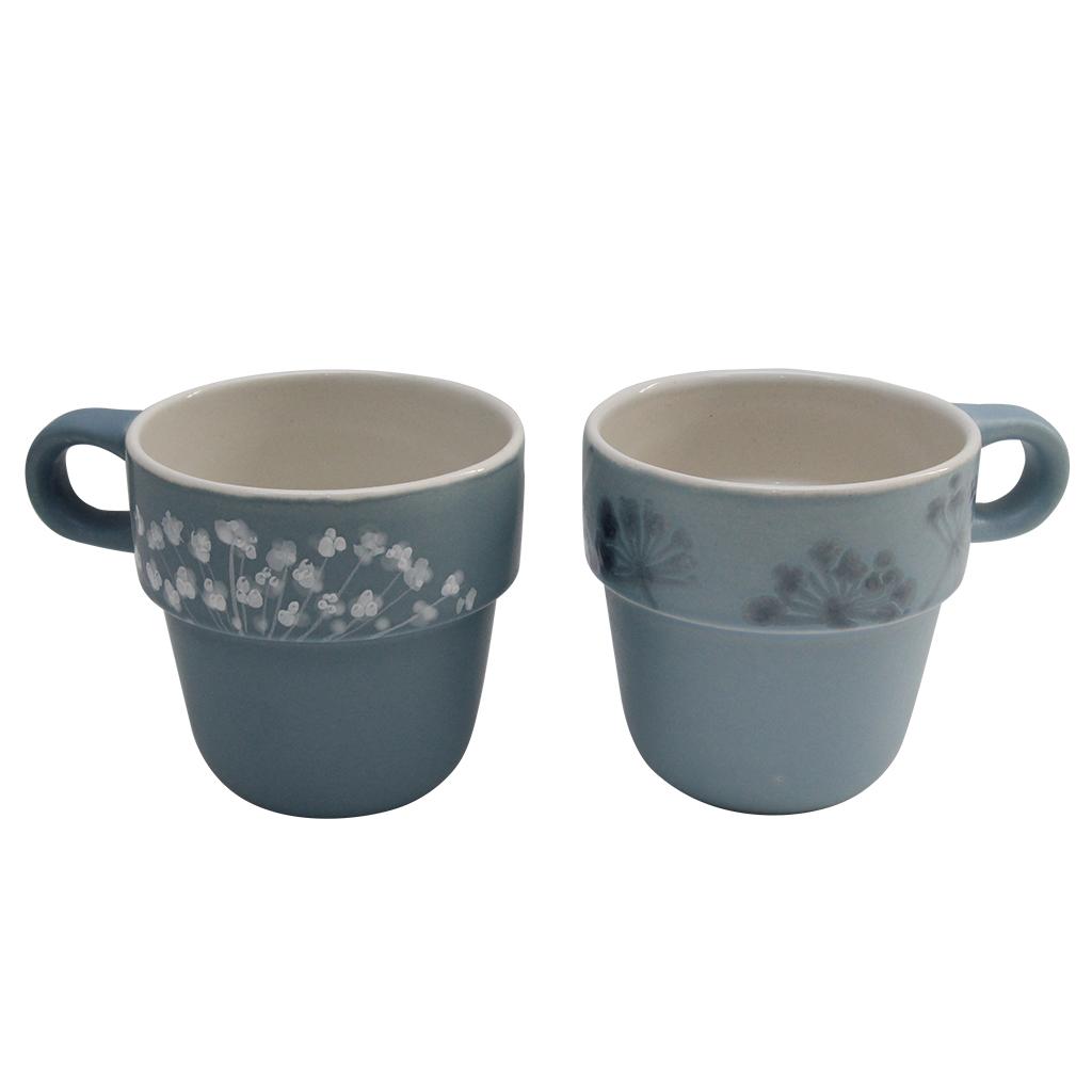 Set Cu Doua Cani Din Ceramica Albastre Cu Floi De Marar