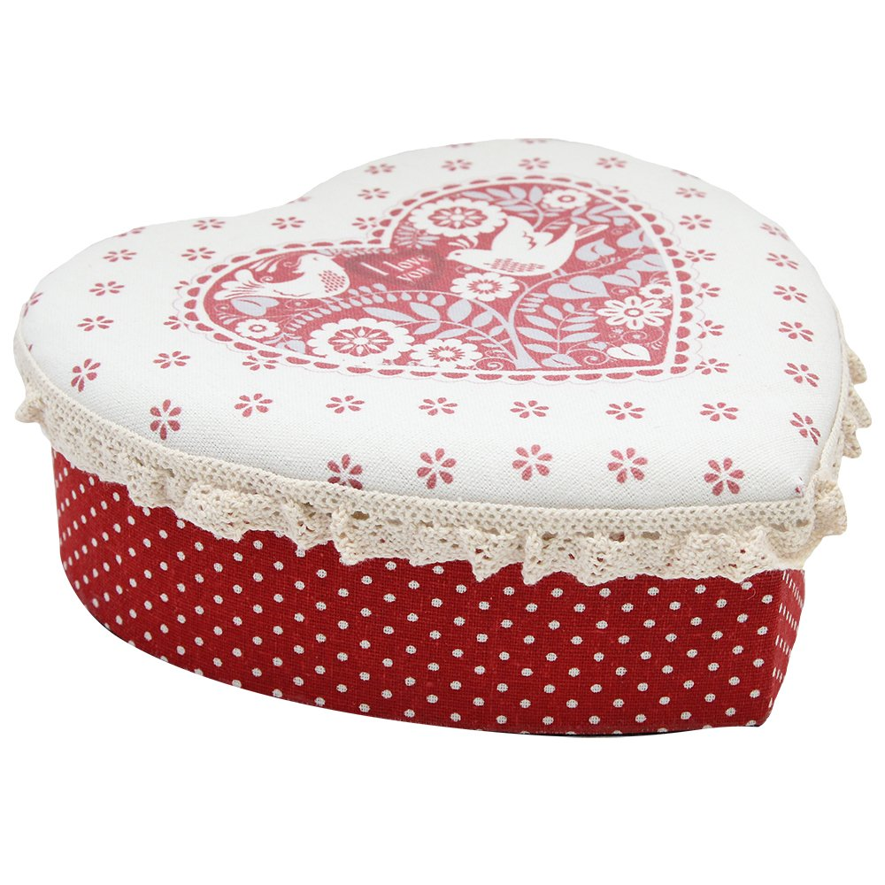 Cutie In Forma De Inima Din Textil Si Carton Rosu 20x20x7 Cm