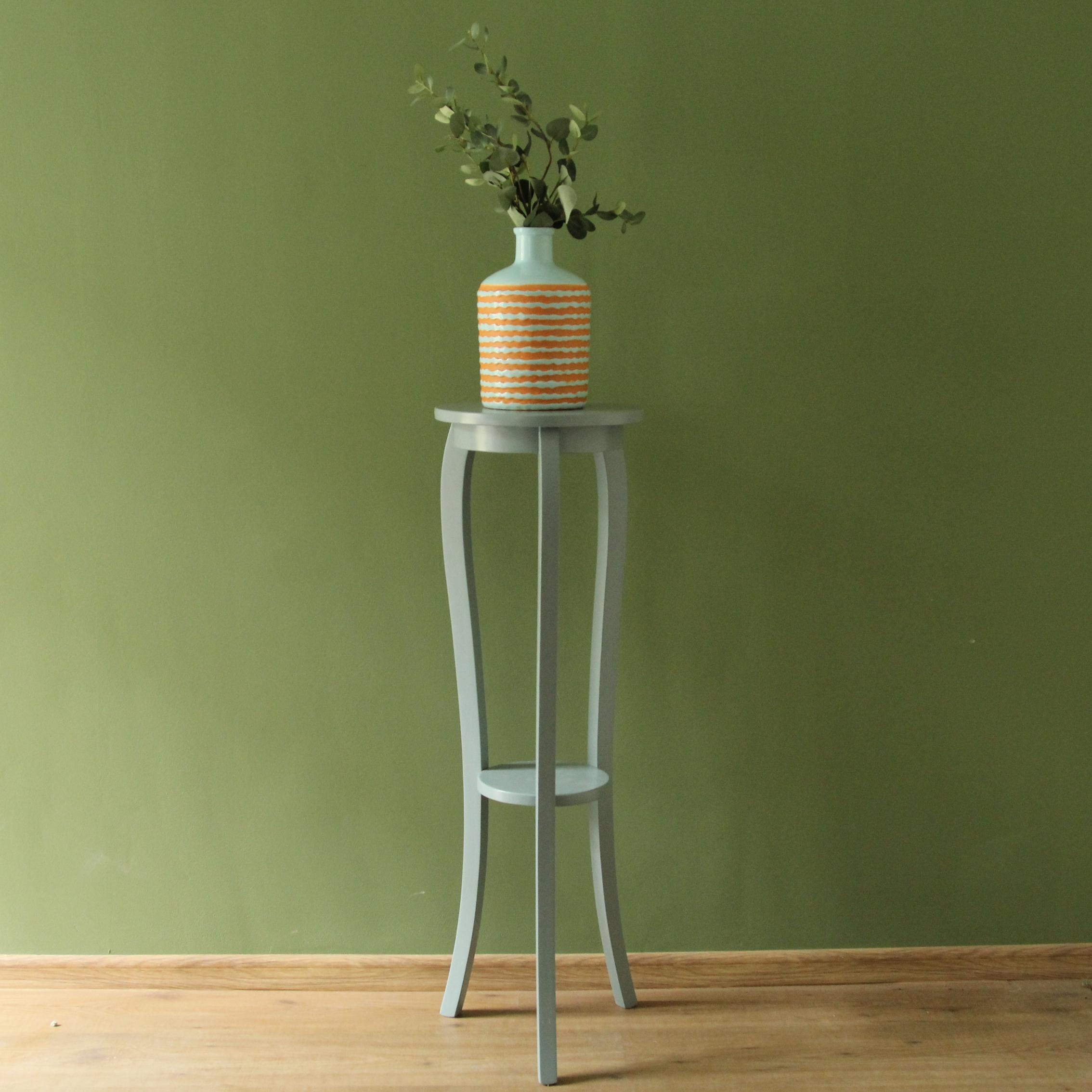 Suport rotund pentru flori Madame Dentelle din lemn verde-eucalipt 100 cm