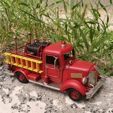 Macheta Masina de pompieri din metal 11 cm