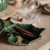 Bol Emerald in forma de frunza din ceramica verde 23 cm