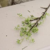 Ramura decorativa cu flori verzi 53 cm
