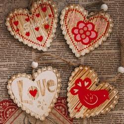 Decoratiune inima din lemn 7.5x7 cm