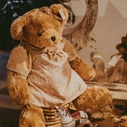 Urs de plus Angeline 18x52x73 cm