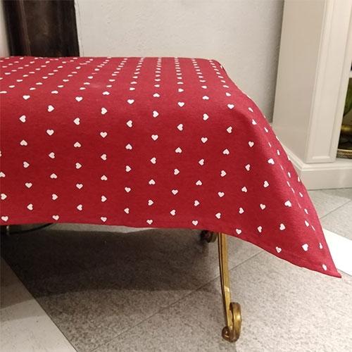 Fata de masa Amore rosie 140x210 cm chicville 2021