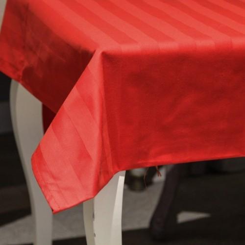 Fata de masa Chic din bumbac rosu 160x160 cm chicville 2021