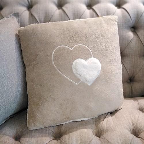 Perna Heart Fluff 45 cm chicville 2021