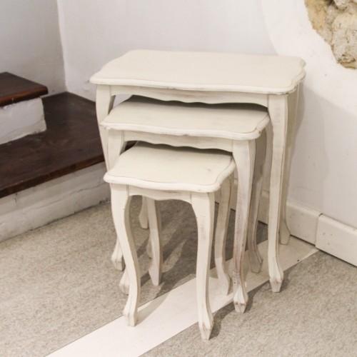 Set 3 masute Tris din lemn alb